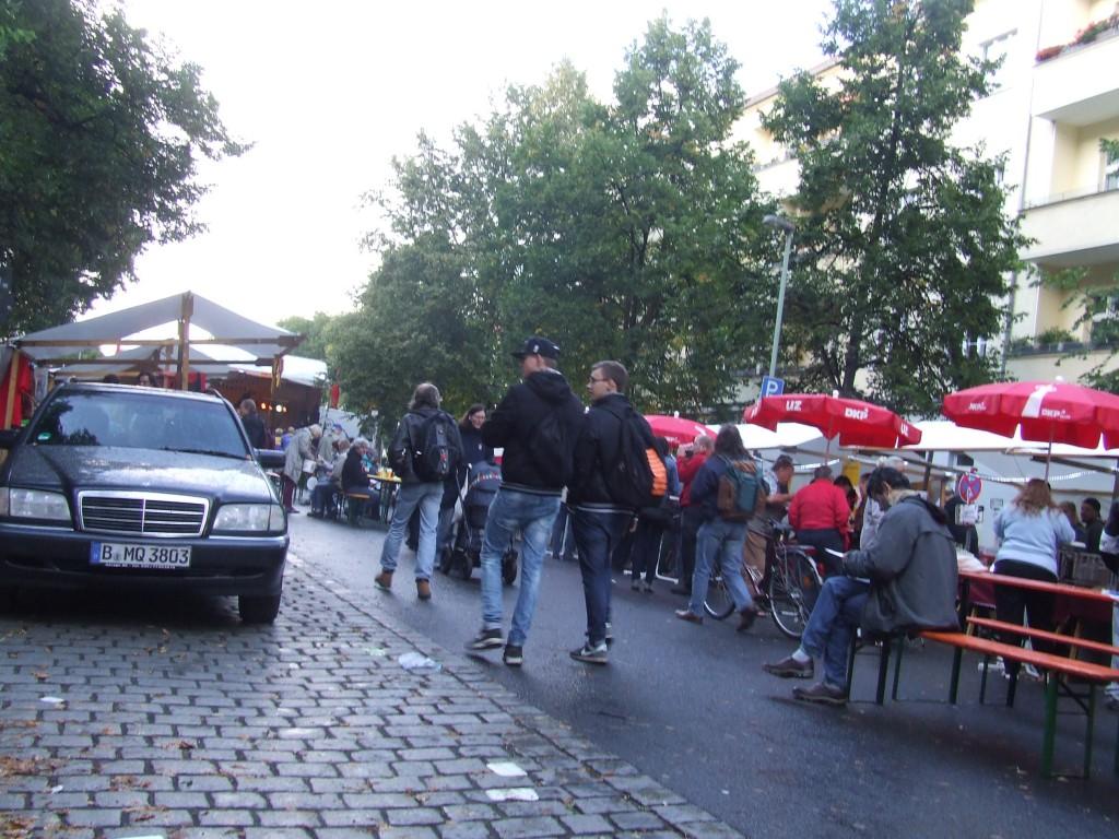 Auch wenn das Wetter etwas zu wünschen übrig ließ, ein sehr schönes Sommerfest der DKP Berlin! Wir sind gerne wieder dabei!